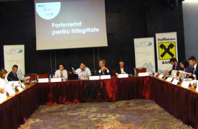 Parteneriat-pentru-Integritate-slider